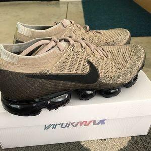 Nike vapormax 1.0 men's size 12 EUC